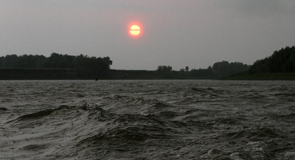 Архивное фото реки Иртыш