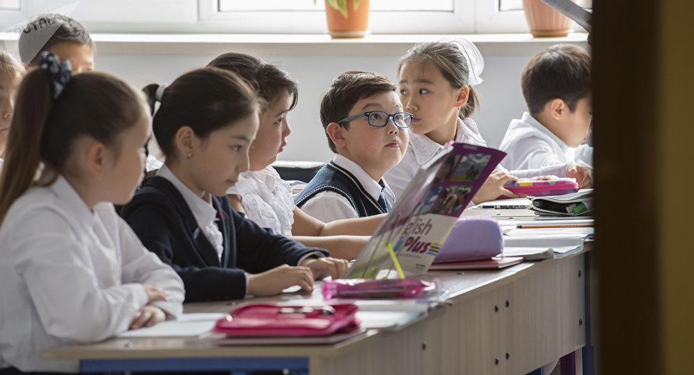 Отсидеть 11 лет: почему школы превращаются в режимные учреждения