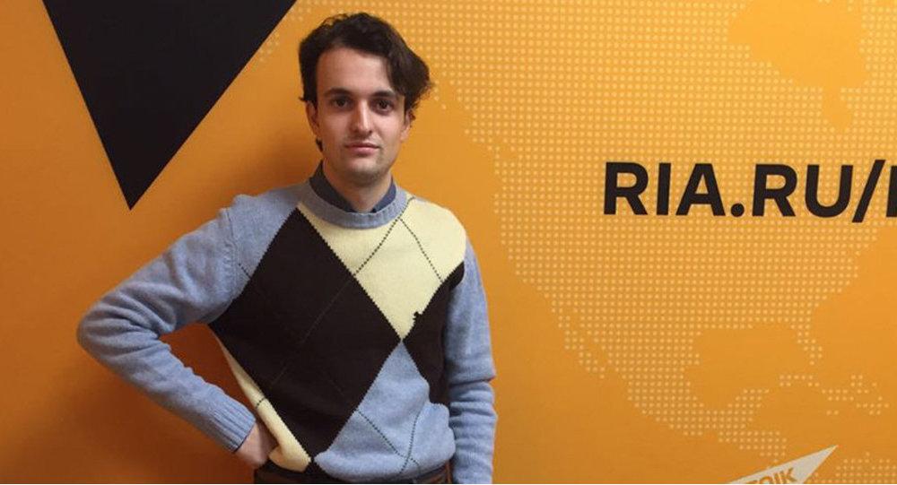 Итальянский публицист, независимый журналист Раффаэлло Лорето