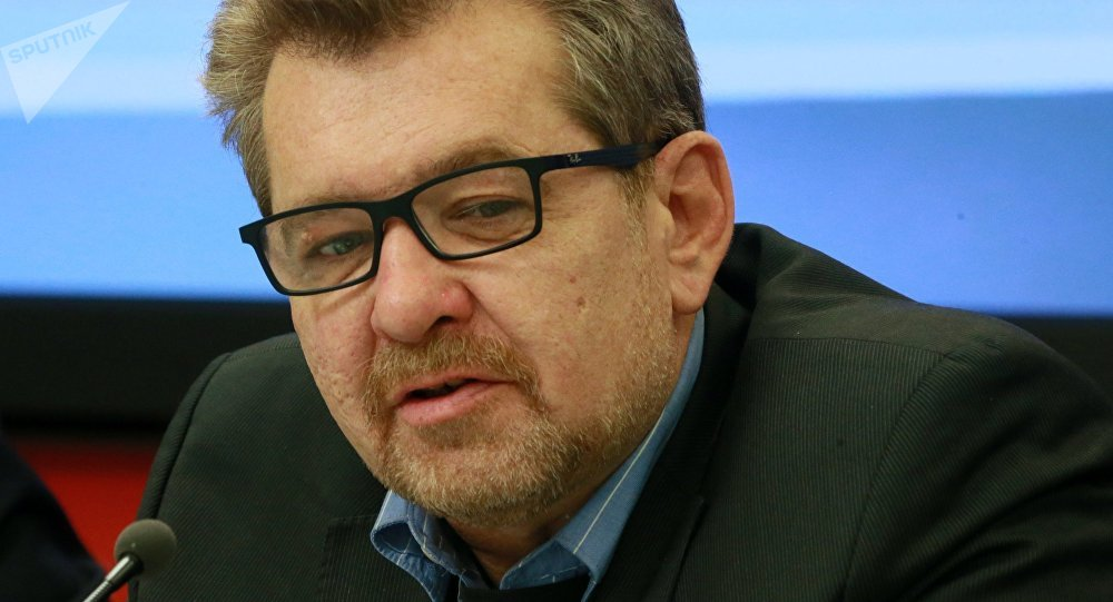 Заведующий отделом Средней Азии и Казахстана Института стран СНГ Андрей Грозин