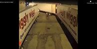 Мастер парковки на фуре - видео
