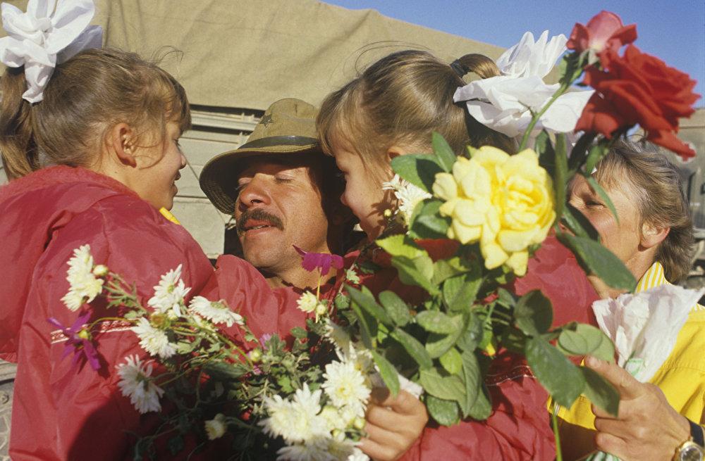 Начало вывода советских войск из Демократической Республики Афганистан