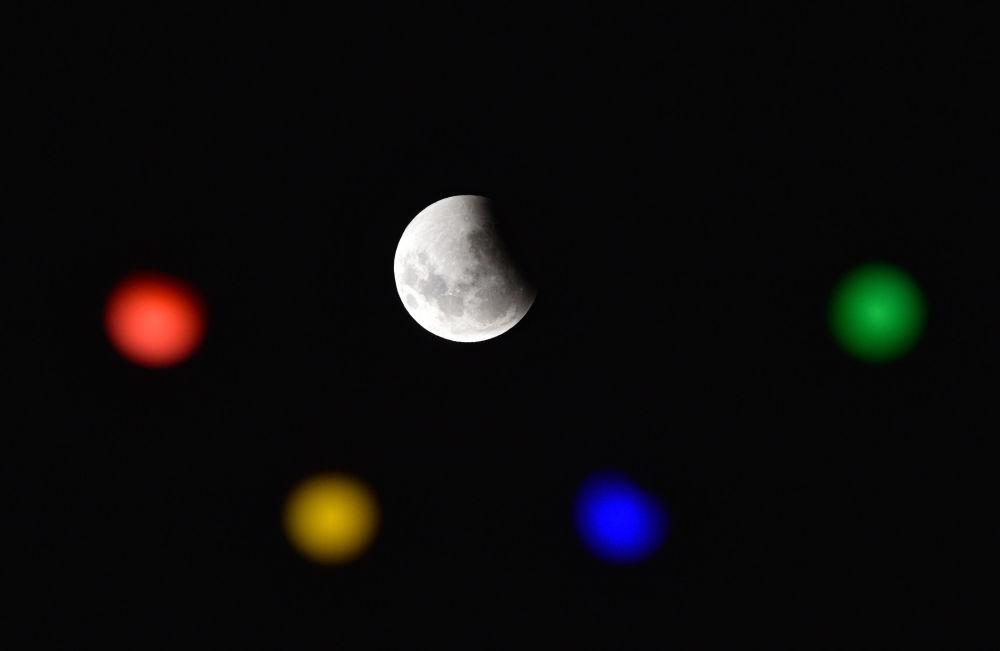 Полное лунное затмение в Уругвае