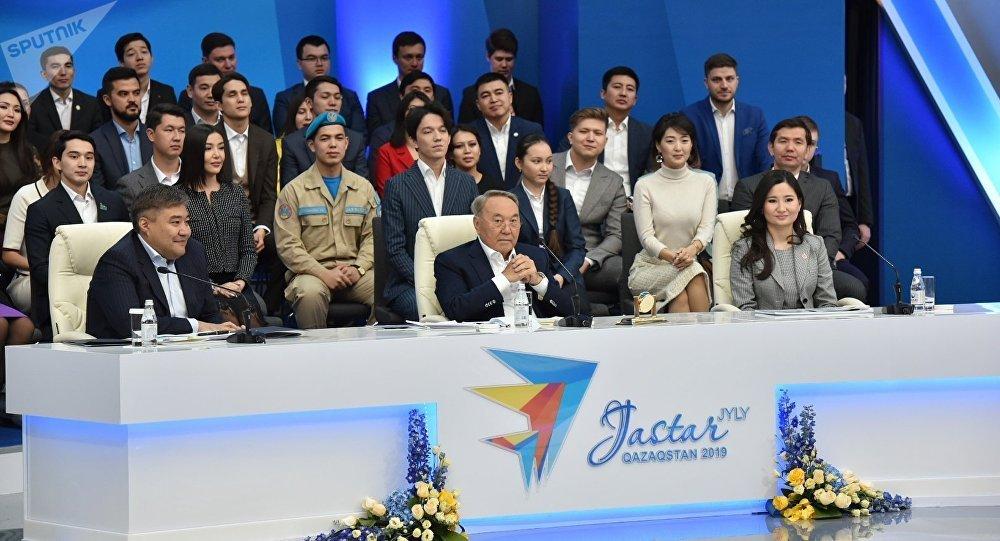 Қазақта ондай бәле болған жоқ, - Нұрсұлтан Назарбаев қарттар үйінде тұратын қарияларды көргенде қабырғасы қайысатынын айтты