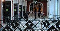 Обстановка у входа в Инженерный корпус Третьяковской галереи