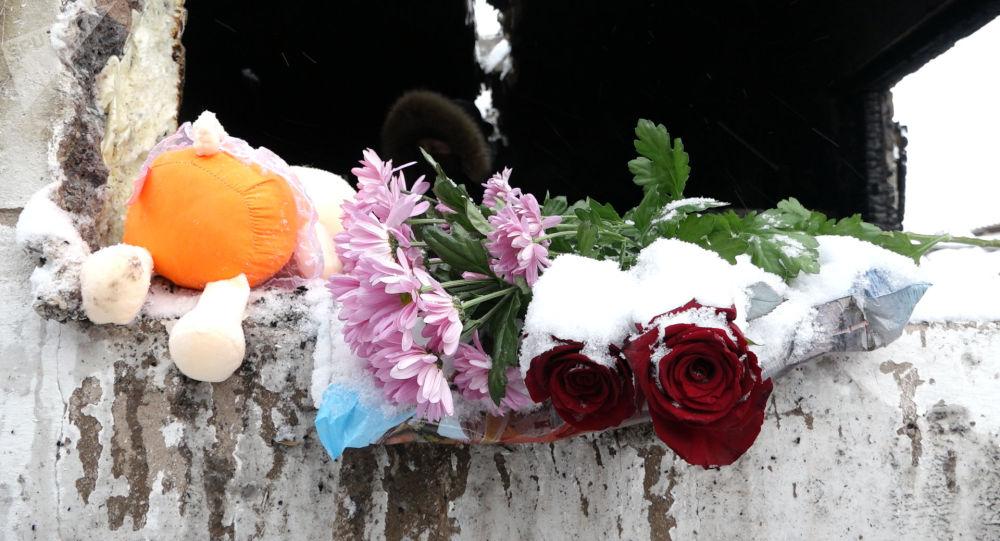 Астанадағы өрттен қаза тапқан 5 қыздың жаназасы