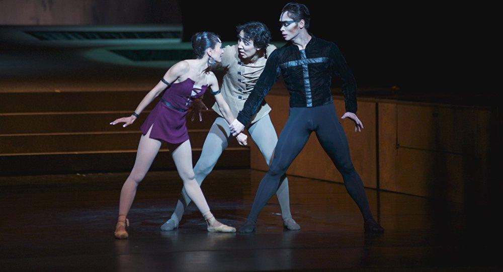 Париж Құдай ана соборы балеті