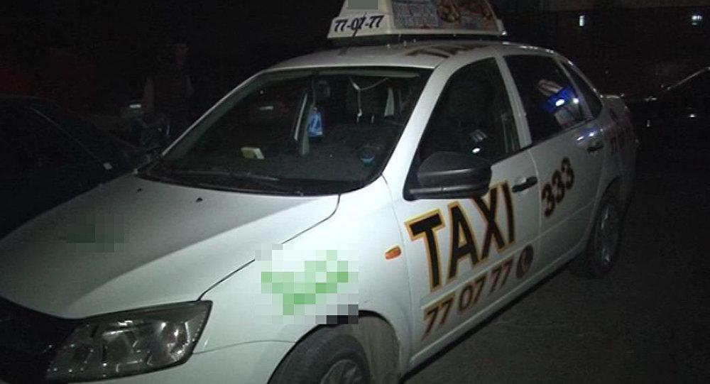 Шымкенттегі төбелеске қатысқан такси шопырының көлігі