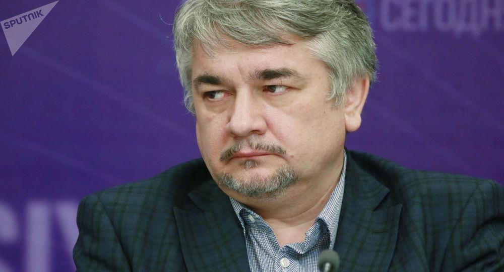 Ростислав Ищенко, архивтегі сурет