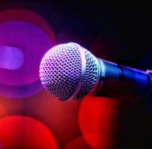 Микрофон, архивтегі сурет