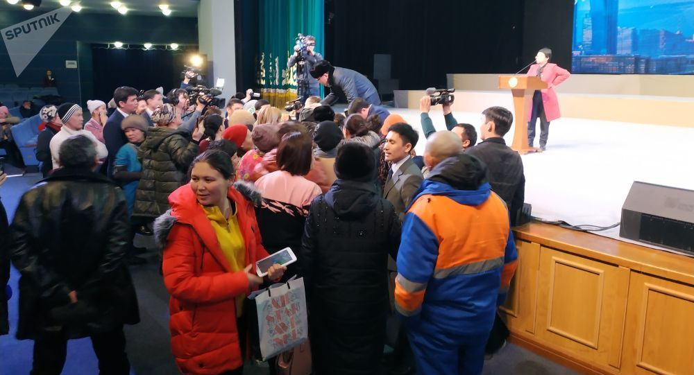 Астана әкімі көп балалы отбасылармен кездесті
