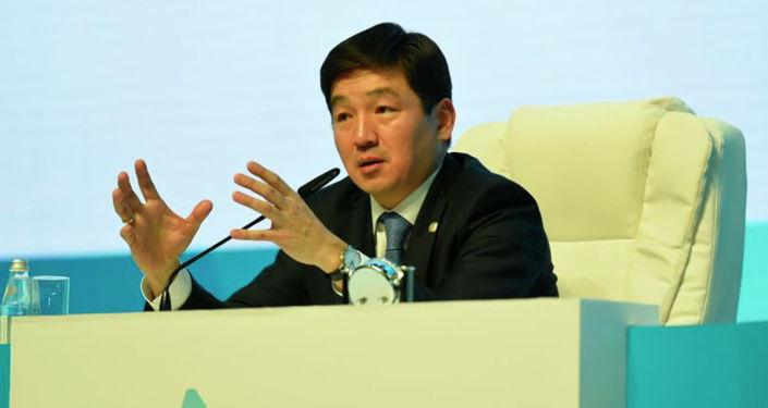 Аким Алматы Бауыржан Байбек на отчетной встрече