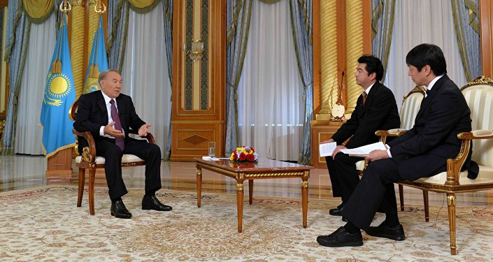 Назарбаев дает интервью телерадиовещательной корпорации NHK и информационному агентству Киодо Цусин