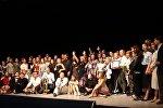 Современник жастар халық театрының ұжымы