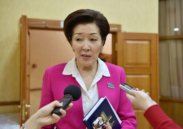 Депутаты мажилиса единогласно проголосовали за кандидатуру Аскара Мамина