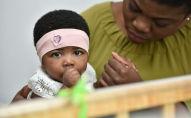 Моника Камукенж Камганза с дочерью живет в Доме мамы