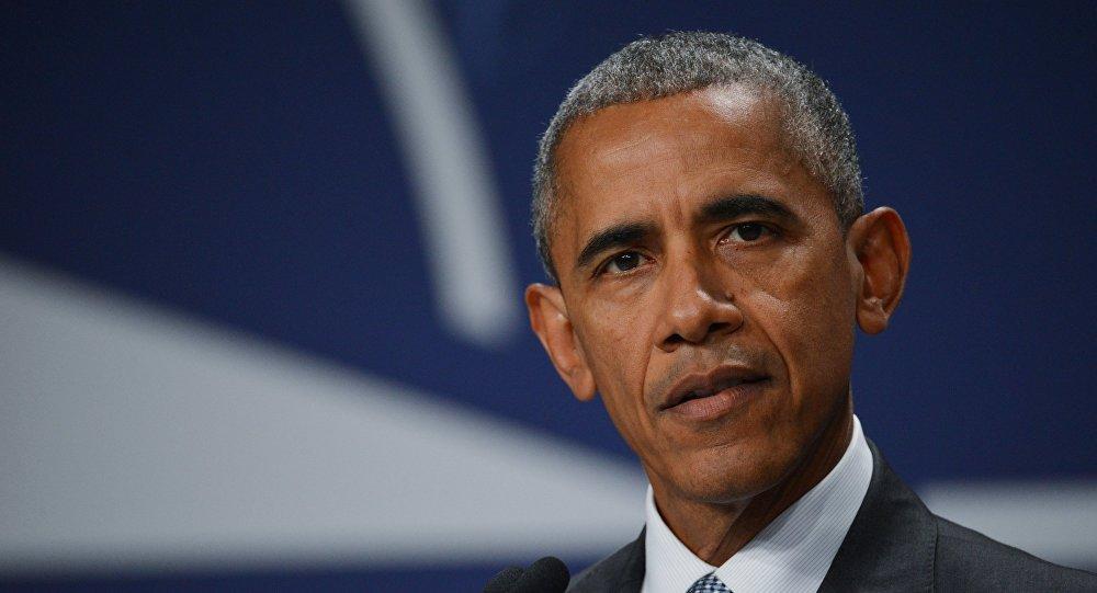 Всети интернет появилось тайное фото Обамы слидером исламских радикалов