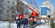 Кровля пятиэтажки обрушилась в Петропавловске из-за снеговой нагрузки