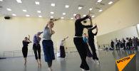 Почувствуй себя балериной: необычная экскурсия в закулисье театра Астана Балет - видео