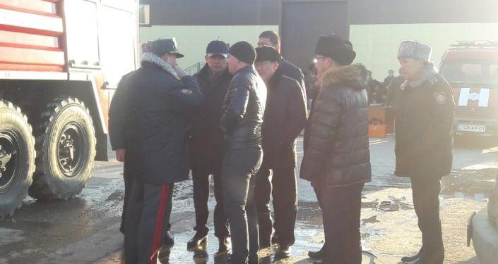 На месте взрыва газового баллона в здании компании МолПродуктсервис по шоссе Алаш в Астане
