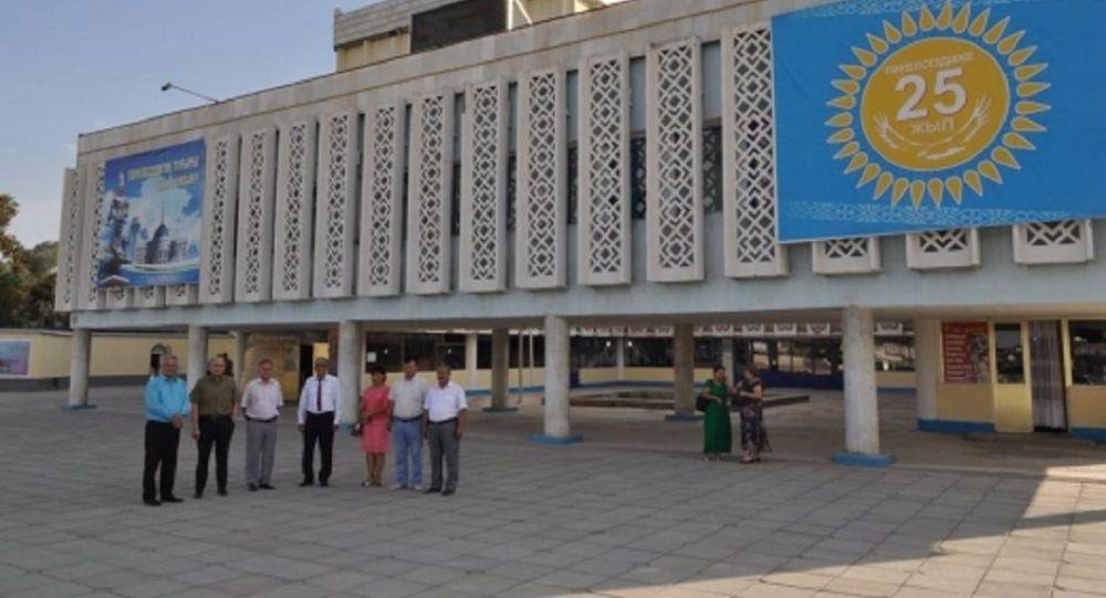 Драматический театр имени Жандарбекова в городе Жетысай