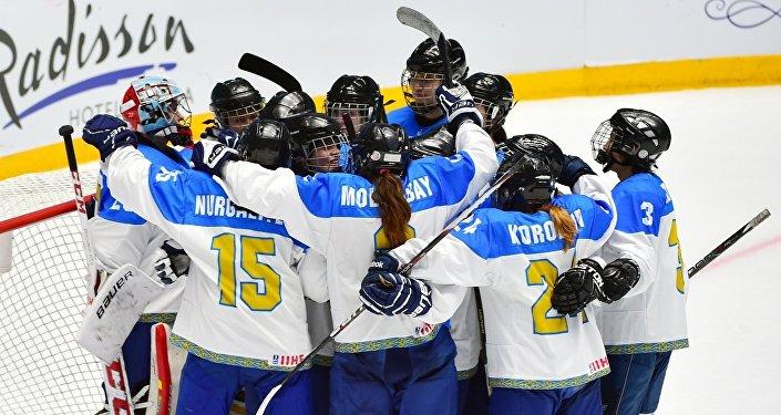 Женская сборная РК по хоккею