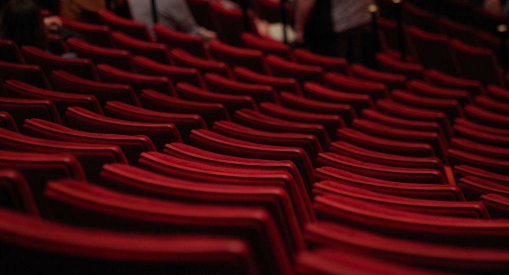 Театр, зрительный зал, иллюстративное фото