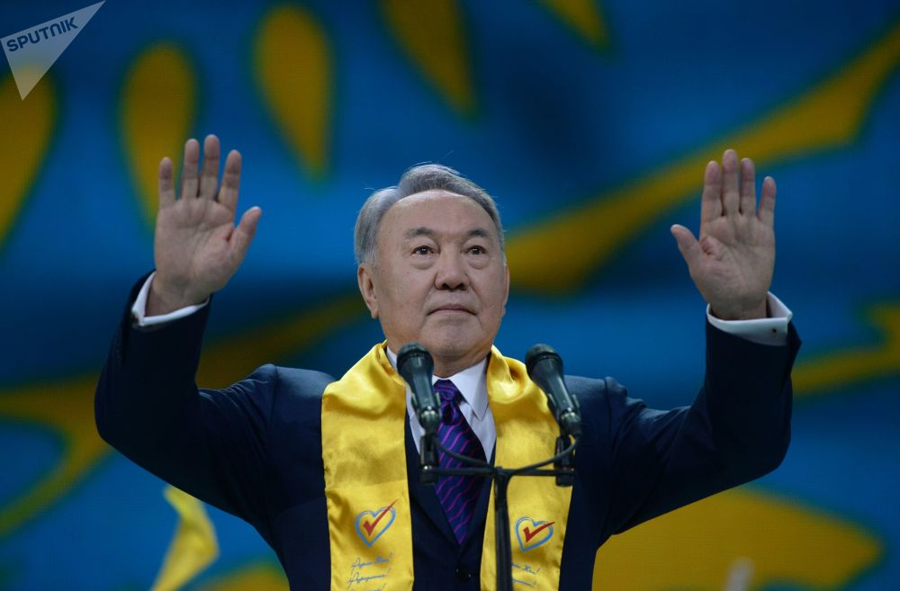 Нұрсұлтан Назарбаев президенттік сайлаудағы жеңісіне арналған мерекелік концертте, 2015 жыл