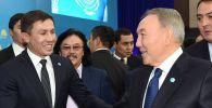 Нұрсұлтан Назарбаев пен Геннадий Головкиннің архивтегі суреті