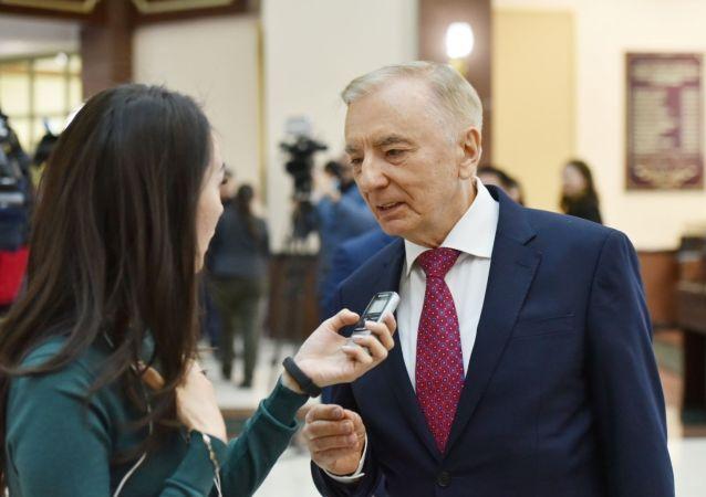 Председатель Конституционного совета РК Игорь Рогов