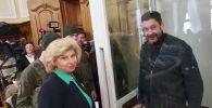 Встреча Кирилла Вышинского и Татьяны Москальковой перед заседанием суда