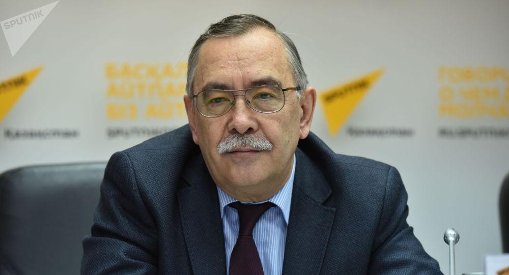 Заместитель директора театра Астана Балет Валерий Кузембаев