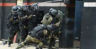Тренировки спецподразделения МВД РК Арлан, архивное фото