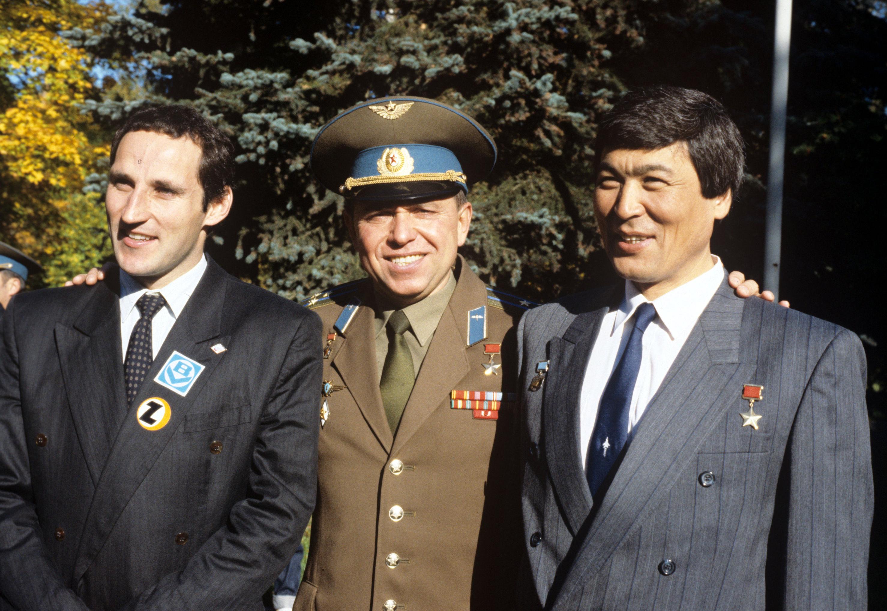 Франц Фибер, Александр Волков, Токтар Аубакиров. Архивное фото