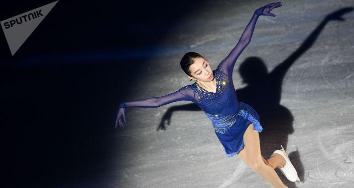 Фигуристка Элизабет Турсынбаева на гала-шоу Ильи Авербуха 15 лет успеха, архивное фото