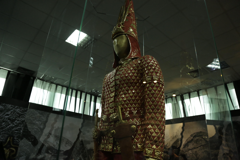 Главным экспонатом выставки в Ташкенте является Алтын адам