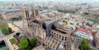 Пострадавшее от пожара здание собора Парижской Богоматери сняли в высоты птичьего полета