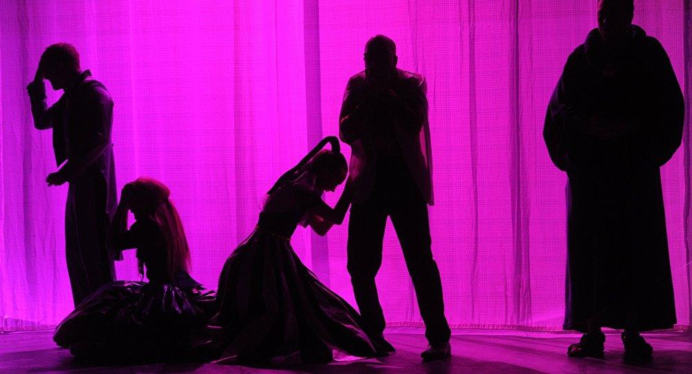 Прогон спектакля Ромео и Джульетта в Сатириконе