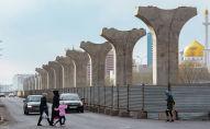 Астана LRT бағандары