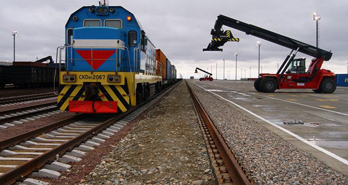 Архивное фото локомотива