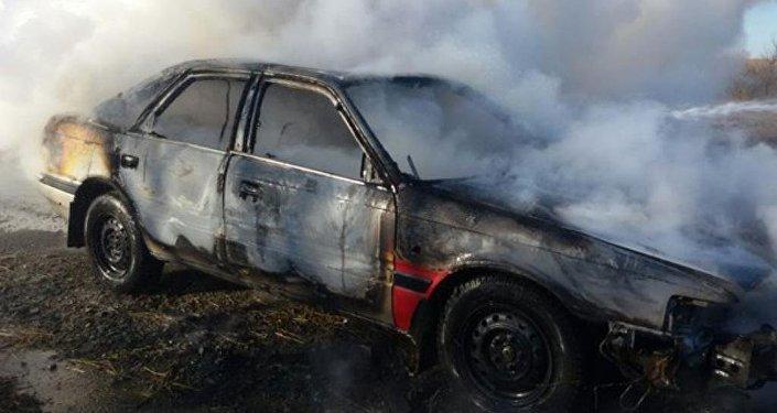 Сгоревший автомобиль. Архивное фото