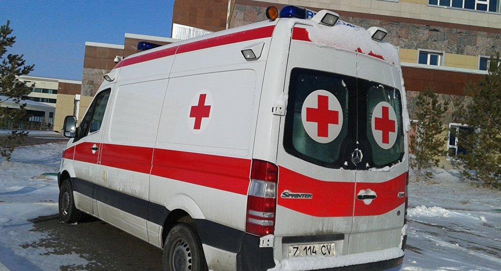 Архивное фото скорой помощи