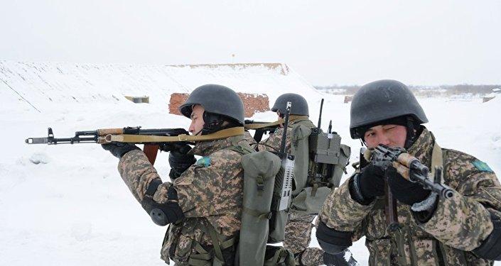 Казахстанские военнослужащие