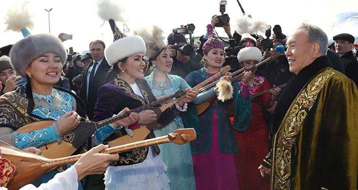 Нурсултан Назарбаев на праздновании Наурыза