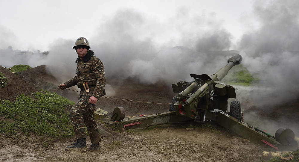 Архивное фото ситуации в зоне карабахского конфликта