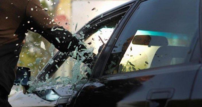 Автомобильная кража. Архивное фото