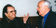 Моисей Гольдберг во время интервью с Михаилом Горбачевым