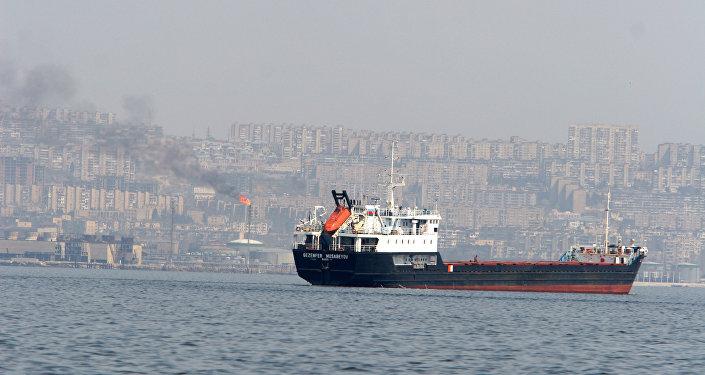 Танкер в Каспийском море