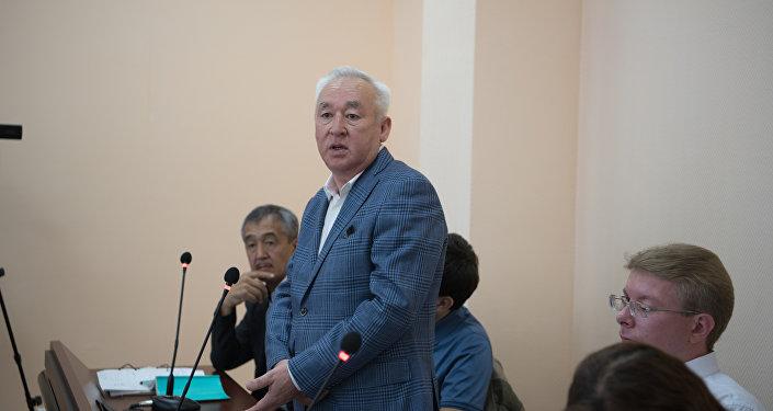 Архивное фото Сейтказы Матаева на судебном процессе