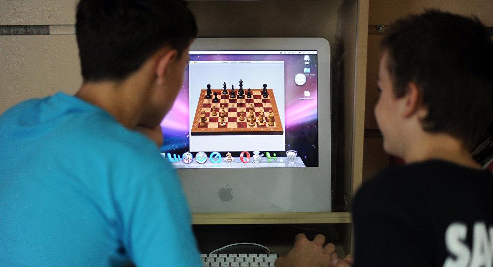 Пропавшие подростки нашлись вкомпьютерном клубе вАксу